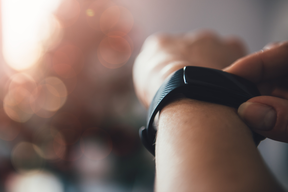 best fitness tracker without bluetooth