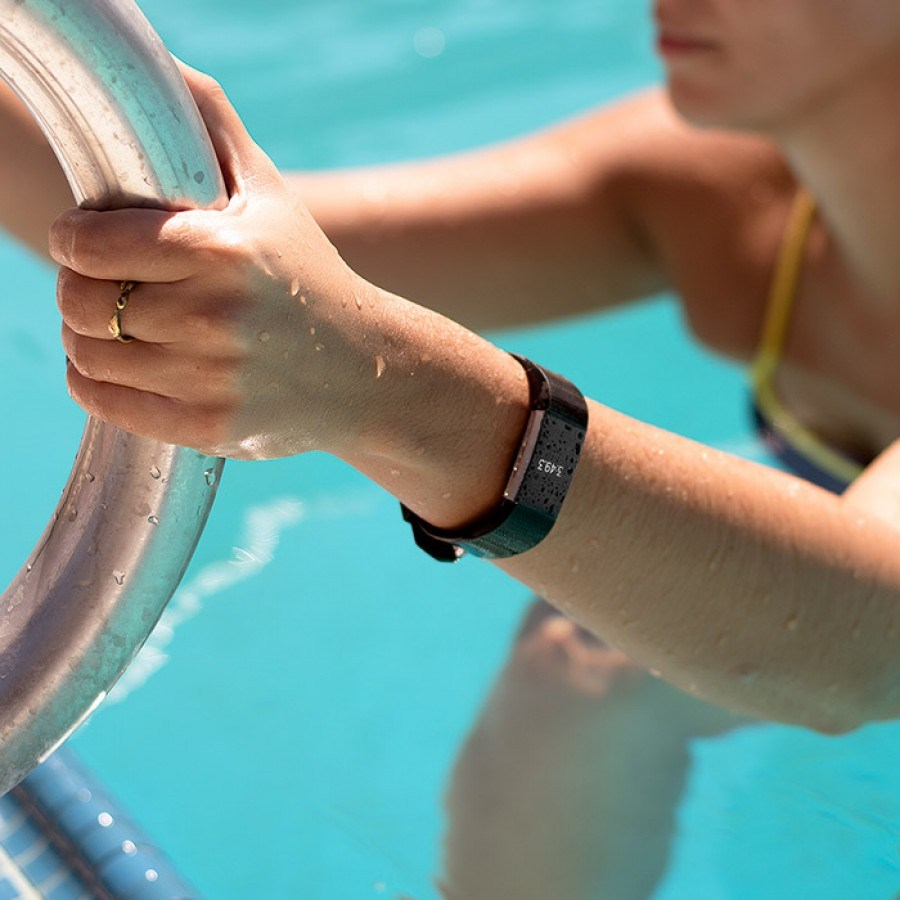 Can You Swim With Fitbit Charge 2